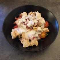 Hier unser zweiter Versuch mit dickerer Soße und Tomaten