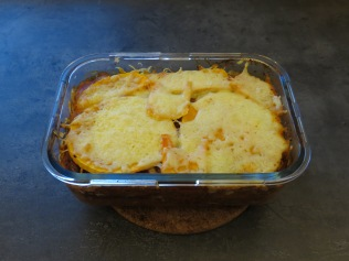 Die Lasagne frisch aus dem Ofen