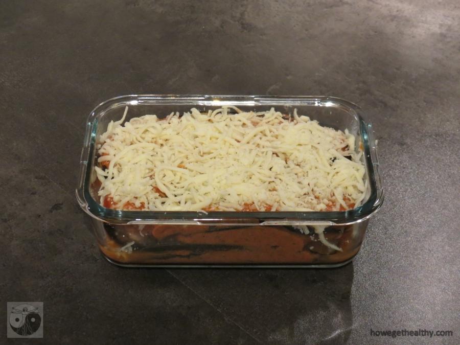 Auberginen-Lachs-Lasagne vor dem Backen