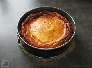 Low Carb Käsekuchen frisch gebacken
