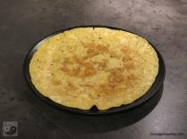 Frühstücksrolle mit Lachs-Avocado-Mayonnaise Omlette