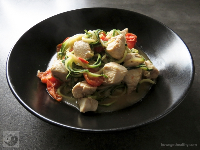zoodels-mit-haehnchen-parmesan-sosse