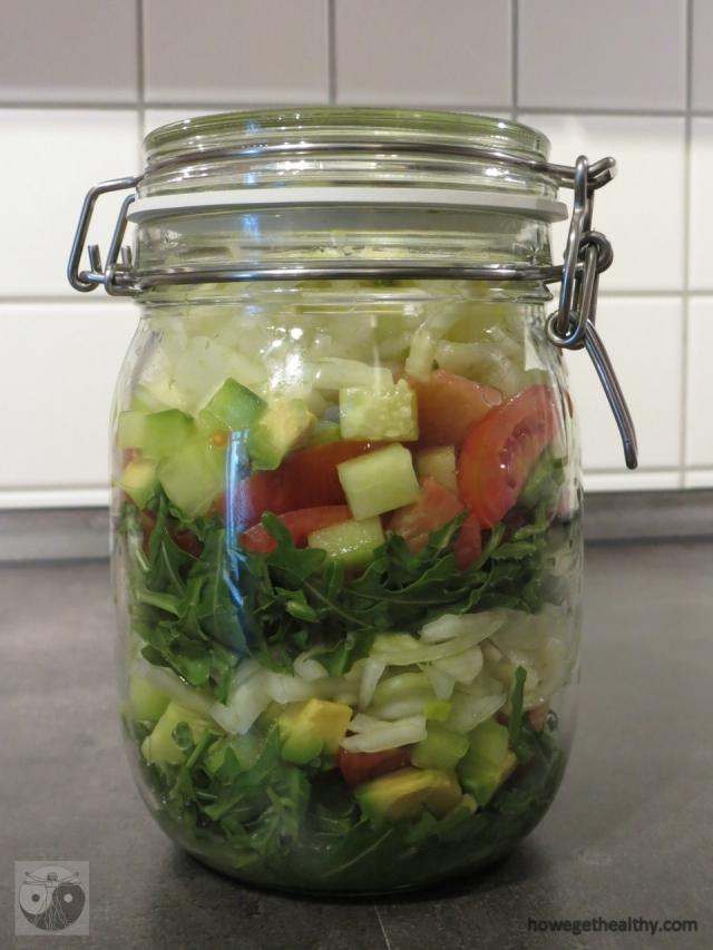 Fruchtiger Fenchel-Avocado-Schichtsalat