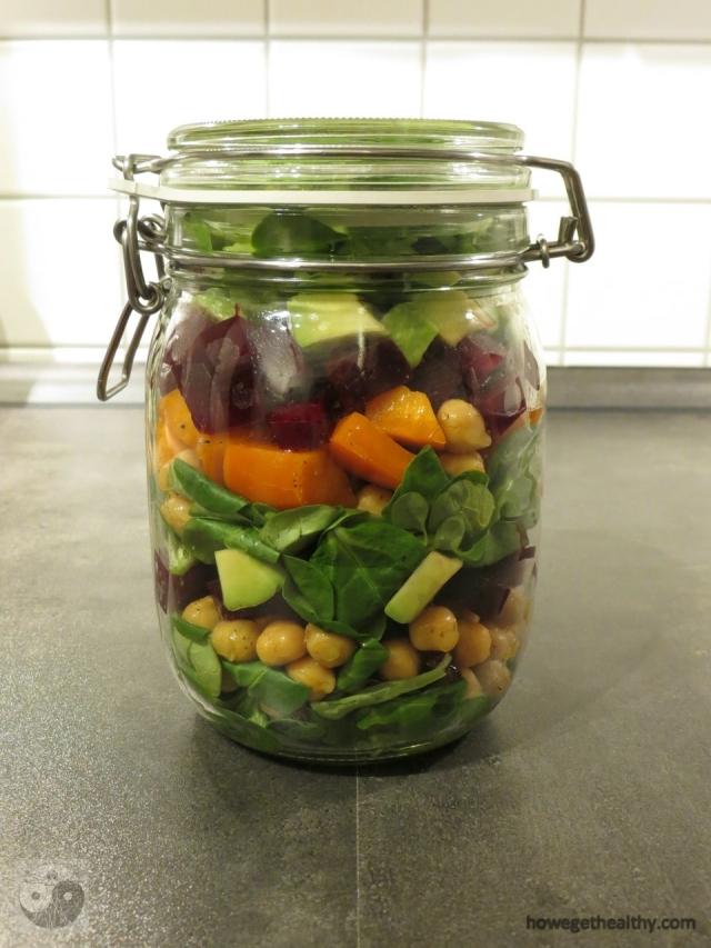 Rote Beete-Kichererbsen-Schichtsalat