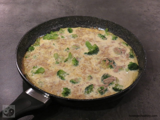 Ruehrei mit Thunfisch und Brokkoli