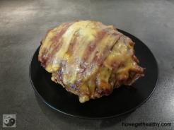 Bacon-Cheddar-Bombe aus dem Slow Cooker fertig teller