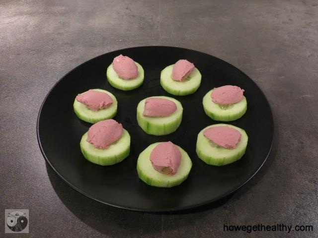 Gurkenhäppchen mit Leberpastete