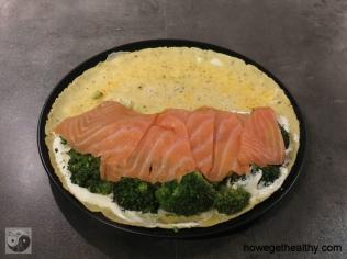 Gefuelltes Omlette mit Lachs und Brokkoli Schritt 3