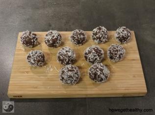 Power Balls mit Datteln und Mandeln I